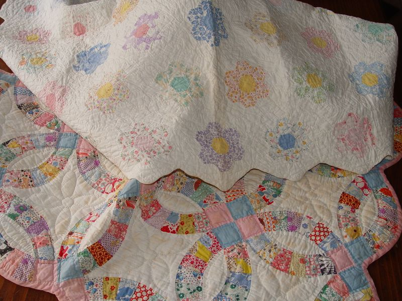 Quilts old doll